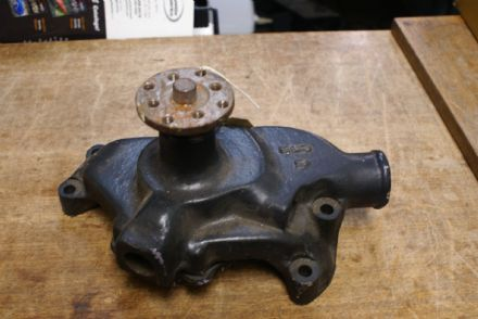 C1 C2 C3 Corvette,Water Pump,Aftermarket,Used